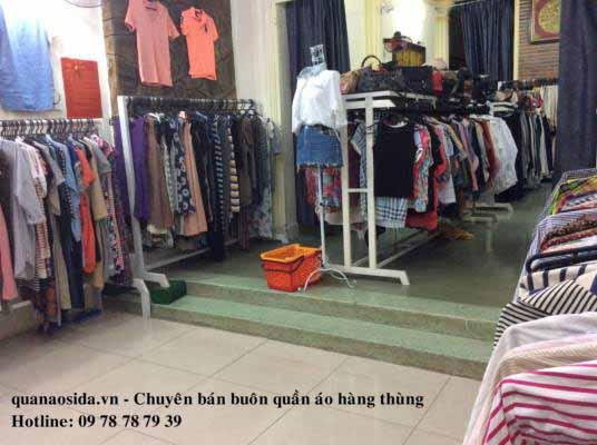 shop-mua-ban-quan-ao-cu